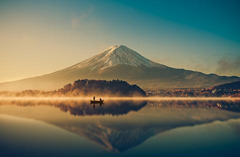 富士山は「世界遺産」として登録されており「無形文化遺産」とは異なる